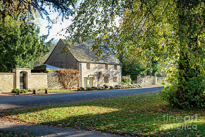 Photograph - Autumn Cottage In Lower Slaughter by Tim Gainey