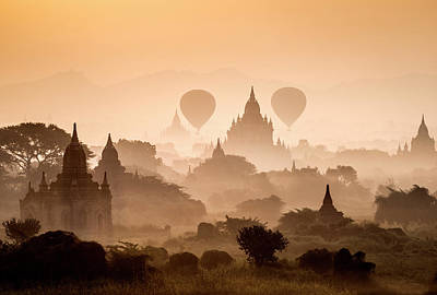 Photograph - Bagan, Balloons Flying Over Ancient by Martin Puddy