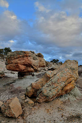 Photograph - Balanced Rock In Bentonite Site Along Little Park Road by Ray Mathis