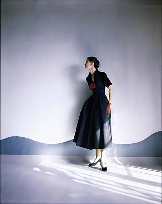Photograph - Barbara Mullen Ni Claire Mccardell by Horst P. Horst