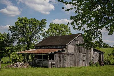 Photograph - Barn In Kentucky  by John McGraw