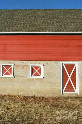Photograph - Barn Lines by Ana V Ramirez
