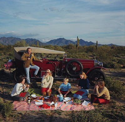 Photograph - Barrett Family Picnic by Slim Aarons