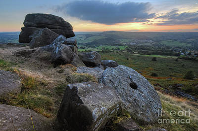 Photograph - Baslow Edge 7.0 by Yhun Suarez