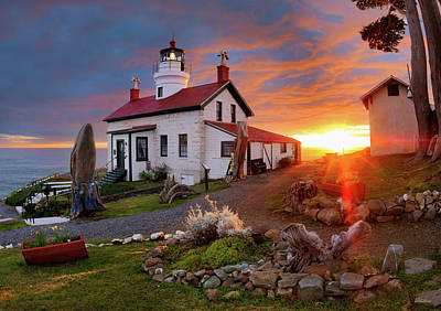 Photograph - Battery Point Lighthouse by Leland D Howard