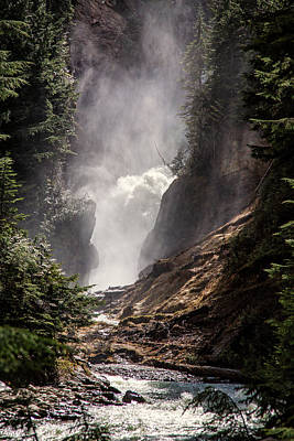 Photograph - Bear Creek Spray In Color by Monte Arnold
