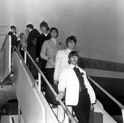 Photograph - Beatles Return by Keystone