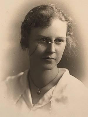 Kim Fearheiley Photography Royalty Free Images - Beautiful 1910s PHOTOGRAPH ELEGANT TEEN School GIRL Royalty-Free Image by Celestial Images