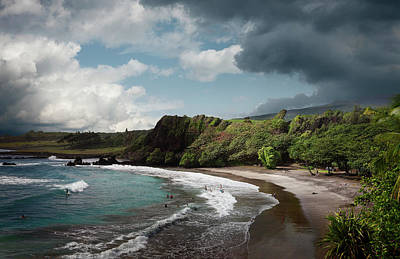 Photograph - Beautiful Hawaiian Beach by Ed Freeman