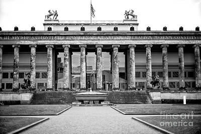 Photograph - Berlin Old Museum by John Rizzuto