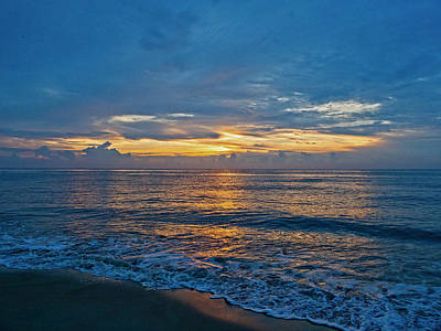 Photograph - Bethany Beach At Dawn by David Kay