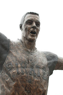 Photograph - Bill Mazeroski Statue by Dan Urban