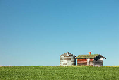 Photograph - Bin And Shed by Todd Klassy