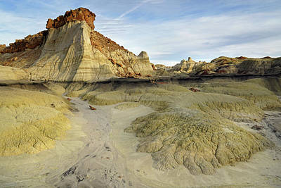Photograph - Bisti Hunter Wash 5 by Jeff Brunton