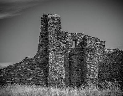 Photograph - Black And White Ruin by Jean Noren