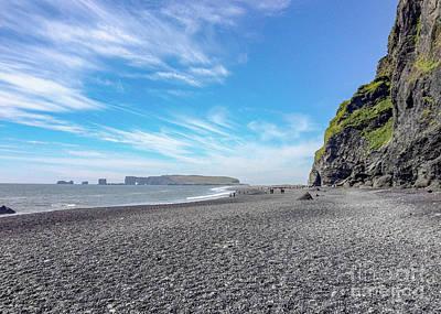 Sean - Black-sand beach on the South Coast of Iceland by Jekaterina Sahmanova