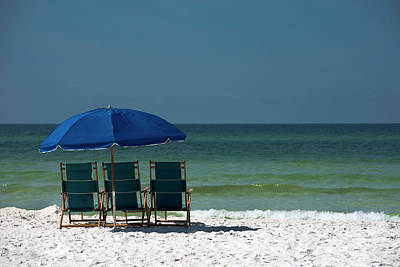 Lounge Chair Photograph - Blue Lounge Chairs On A Beach by Ray Sandusky / Brentwood, Tn