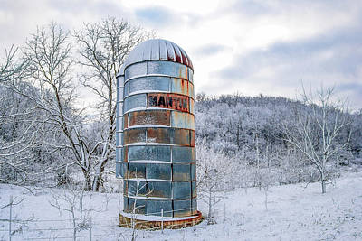 Photograph - Blue Silo by Todd Klassy