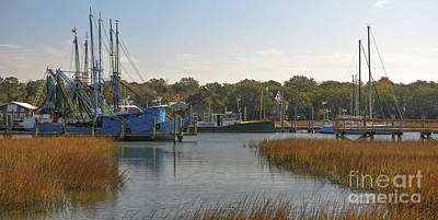 Photograph - Boating On Shem Creek - Southern Style by Dale Powell