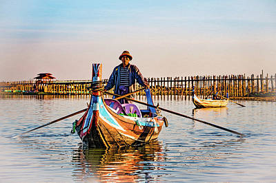 Photograph - Boatman On Taung Tha Man Lake by Chris Lord