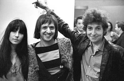 Photograph - Bob Dylan With Sonny & Cher by Michael Ochs Archives