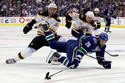 Photograph - Boston Bruins V Vancouver Canucks - by Bruce Bennett