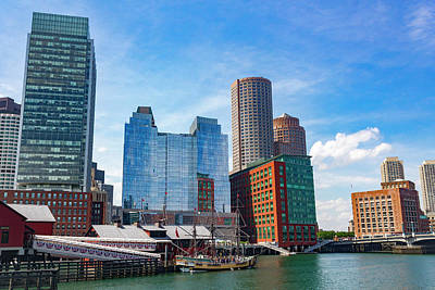 Photograph - Boston Series 4880 by Carlos Diaz