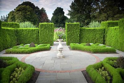Botanical Photograph - Botanical Gardens, Niagara Falls by Mirek Weichsel