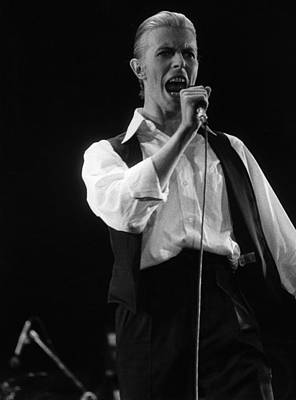Photograph - Bowie Sings by Evening Standard