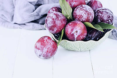 Photograph - Bowl Of Fresh Plums by Stephanie Frey