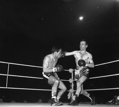 Photograph - Boxing Match by Central Press
