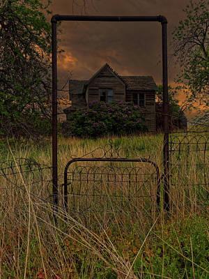 Photograph - Boyd Farmhouse by Thomas Hall