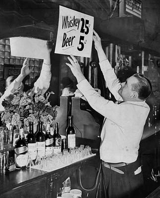 The Bronx Photograph - Bronx Bartender Maurice Moriarty Puts by New York Daily News Archive