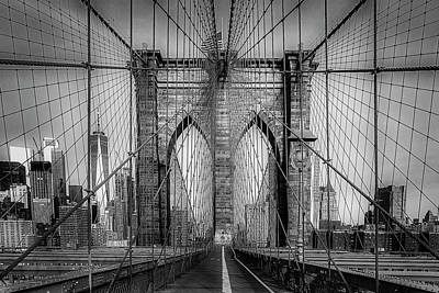 Photograph - Brooklyn Bridge View To Wtc Nyc Bw by Susan Candelario