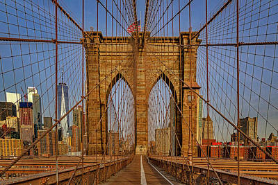 Photograph - Brooklyn Bridge View To Wtc Nyc by Susan Candelario
