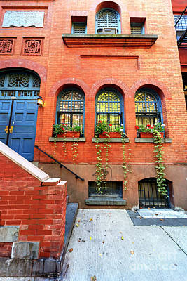 Photograph - Brownstone In Greenwich Village New York City by John Rizzuto