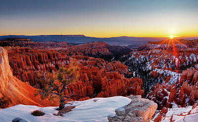 Photograph - Bryce Canyon Sunrise by Leland D Howard