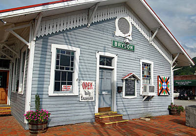 Photograph - Bryson City North Carolina Depot 10 Color by Joseph C Hinson Photography