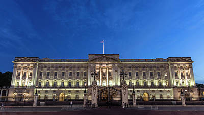 Photograph - Buckingham Palace London Blue Hour  by John McGraw