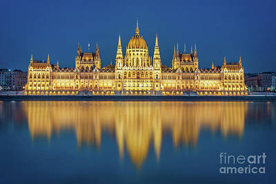 Parliament Wall Art - Photograph - Budapest Parliament At Night by Delphimages Photo Creations