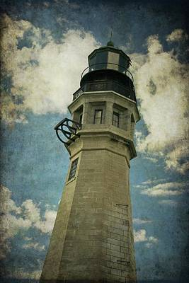 Photograph - Buffalo Lighthouse by Guy Whiteley