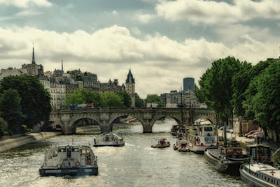 Photograph - Busy Morning On The Seine by Uri Baruch