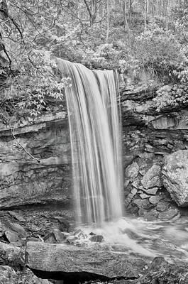 Photograph - Bw Cucumber Falls by Dan Urban