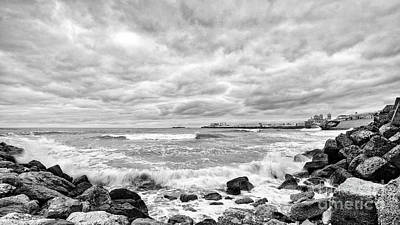 Photograph - Cadiz Skyline From Santa Maria Del Mar Beach Spain Black And White by Pablo Avanzini