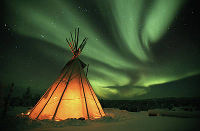 Photograph - Canada, Northern Lights Aurora Borealis by Kevin Schafer