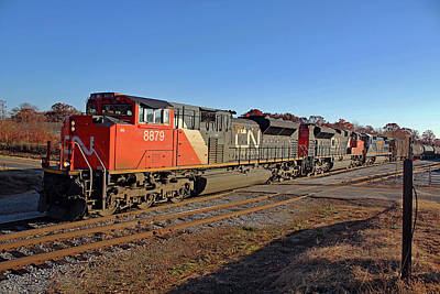 Photograph - Canadian National Sd70m-2 #8879 by Joseph C Hinson Photography