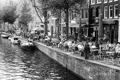 Photograph - Canal Dining 2014 In Amsterdam by John Rizzuto