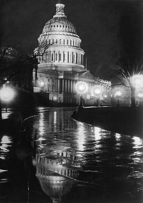 Capitol By Night Art Print
