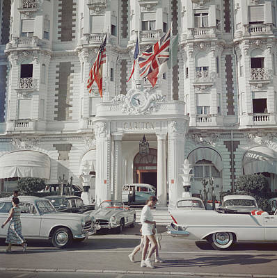 Architecture Photograph - Carlton Hotel by Slim Aarons