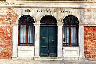 Photograph - Casa Israelitica Di Riposo Venice by John Rizzuto